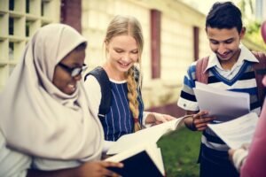 Diverse children studying